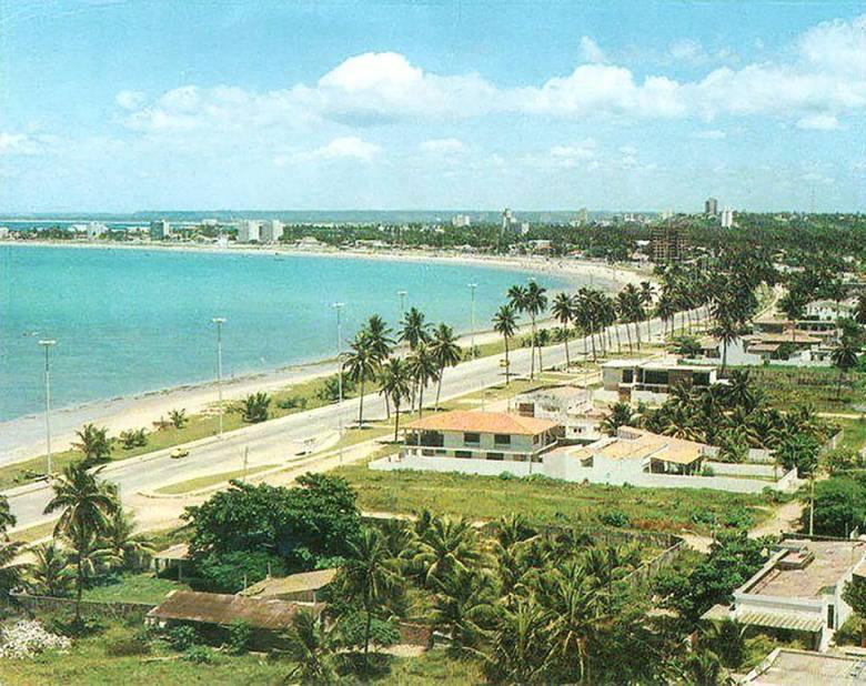 Praia da Pajuçara nos anos 70
