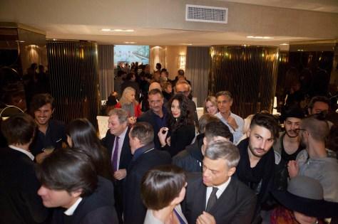 Durante exposiçao de Geovana Stardust na Visionnaire Design Gallery Milao