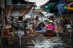 _Bangkok - Floating Market