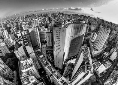 São Paulo, 28 de agosto de 2015 Vista aérea da cidade de São Paulo, registrada do terraço do Edifício Itália, o segundo maior da cidade de São Paulo e do Brasil. Endereço: Av. Ipiranga, 344 - Centro, São Paulo - SP, 01046-010 Foto: Ailton Cruz
