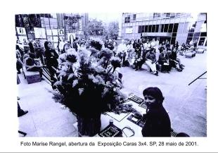 Maracajá Caras 3X4 Av. Paulista Caixa (2001) | Foto: Acervo da artista