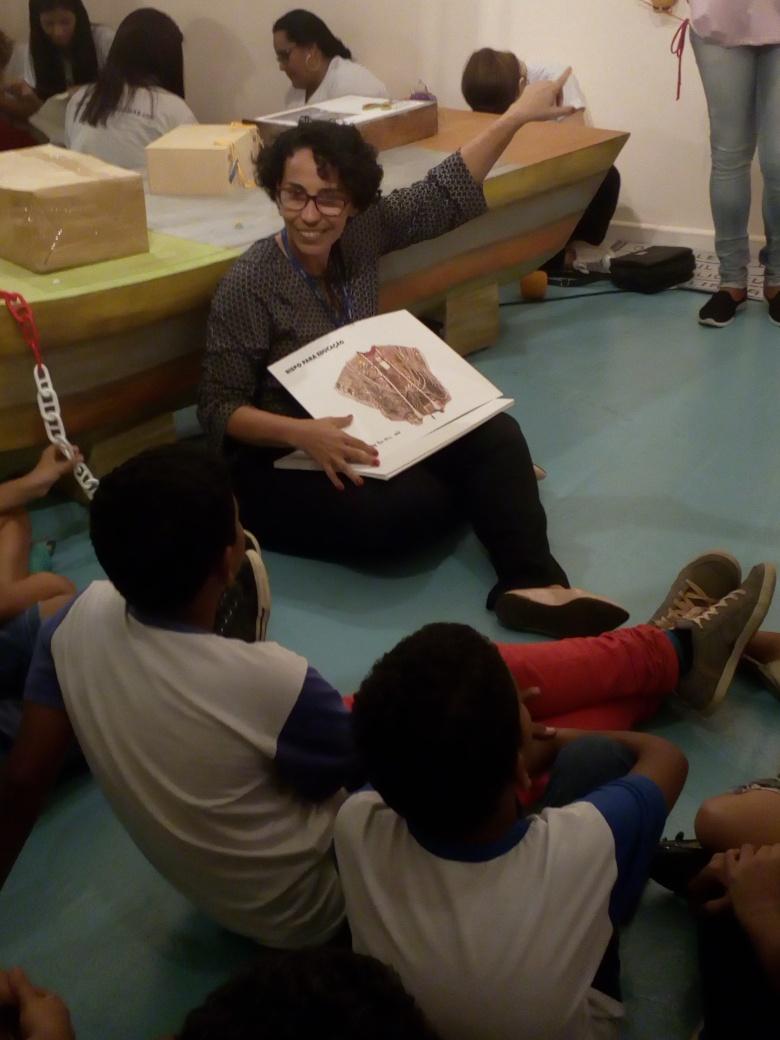 Ação Educativadurante Exposição O Grande Veleiro - FOTO: Acervo pessoal de Kelcy Ferreira